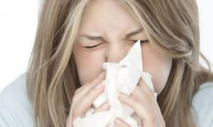 Причины появления прыщей при простуде