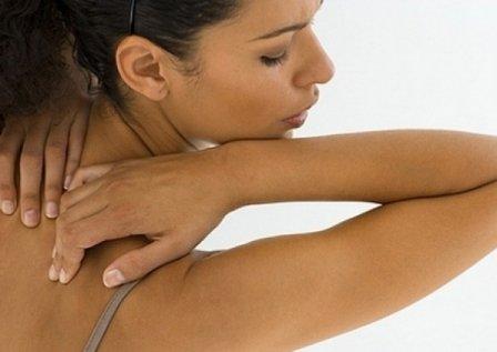 Прыщи на спине у женщин и мужчин можно вылечить
