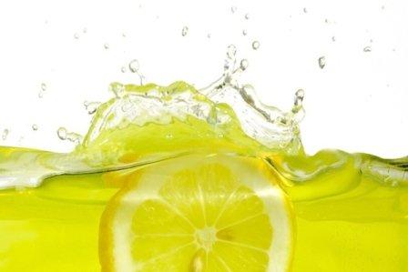 Лимонный сок от прыщей - средство, которое часто применяется в народной медицине