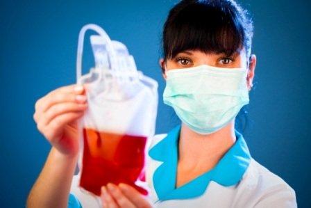 Как происходит переливание крови от прыщей? Какие показания и могут ли быть последствия?