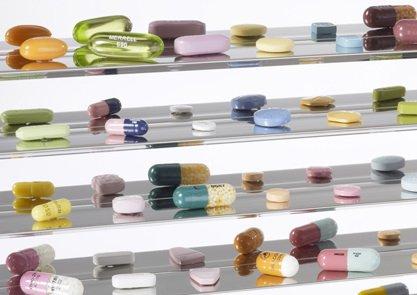 Лечить прыщи таблетками реально, необходимо только корректно подобрать препарат