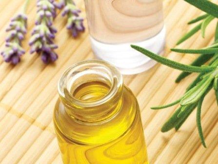 Масло лаванды и масло розмарина от прыщей - самые действенные средства в косметологии