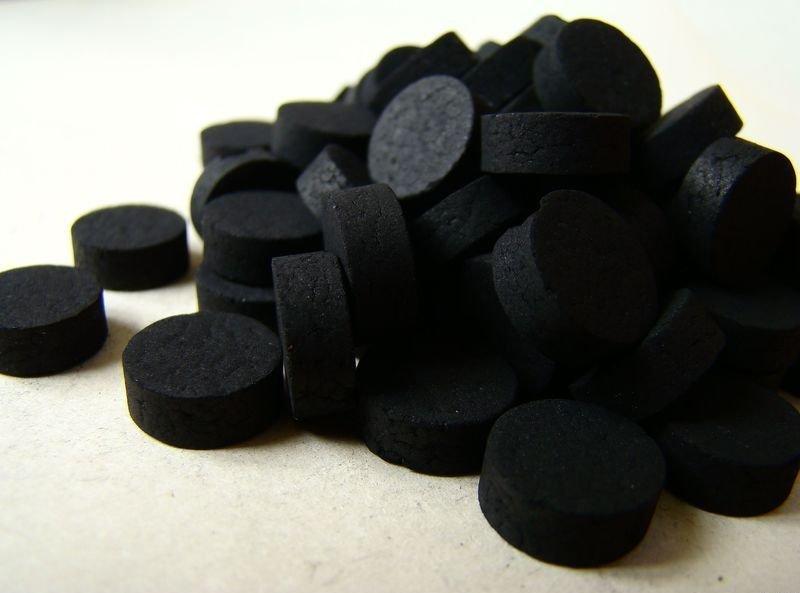 Насколько полезен активированный уголь для наружного применения?