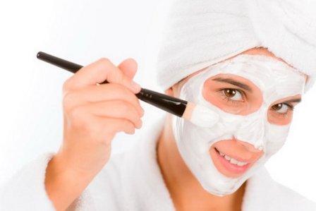 Смешиваем соду со стандартными косметическими средствами для получения эффективных масок от прыщей