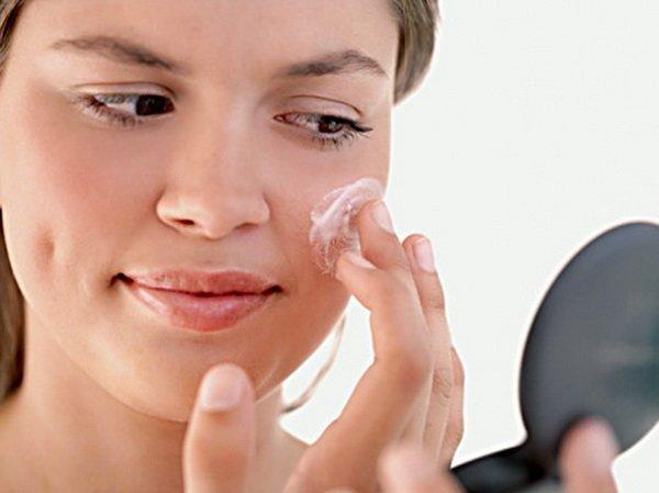 Избавляемся от прыщей на поверхности кожи, используя комплексный подход