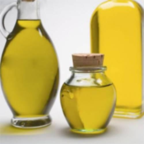 Эффективное народное лечение кератом протирками пораженных мест растительным маслом