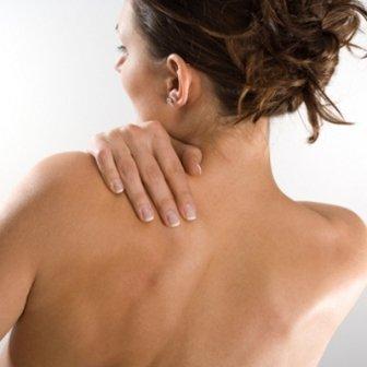 Как правильно лечить прыщи на плечах и спине, чтобы добиться максимального успеха и оздоровить кожу?