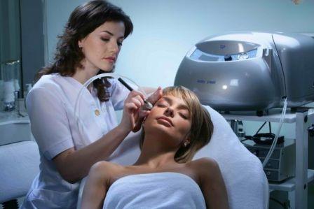 Уход за кожей лица после микродермабразии
