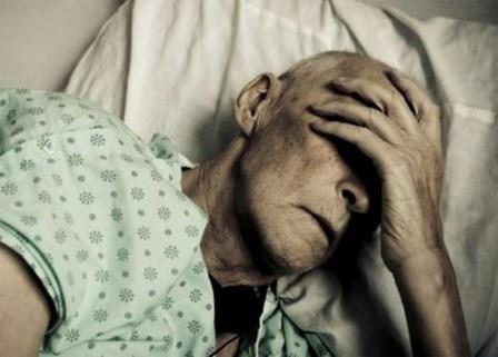 Самостоятельное лечение при самостоятельно поставленном диагнозе может стоить пациенту жизни