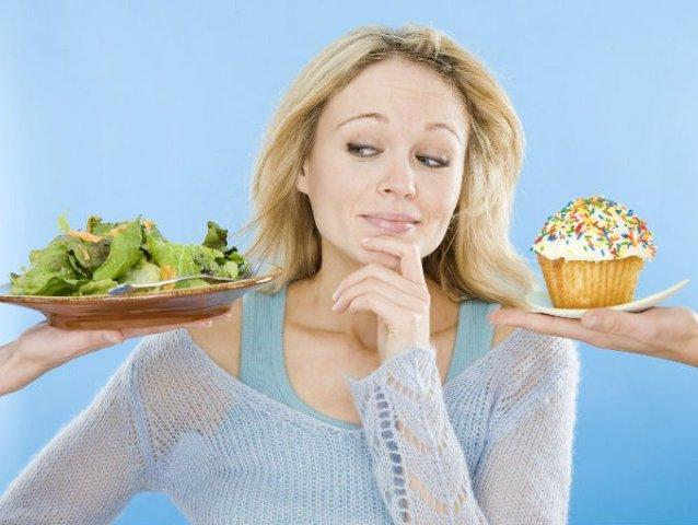 При заболеваниях кишечника страдает и полость рта. В частности, в ней наблюдаются воспалительные процессы, поражающие язык, десны, внутреннюю поверхность щек