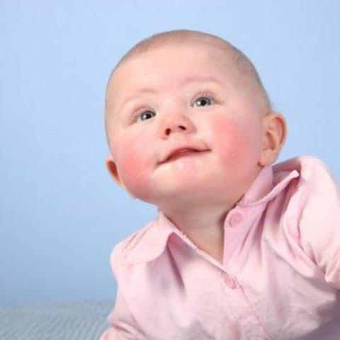 В современном мире растет число детей, которые страдают от патологической реакции организма на аллергены
