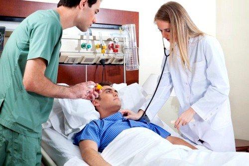 первая медицинская помощь при инсульте