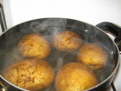 Пар картофеля – лечит сухой кашель
