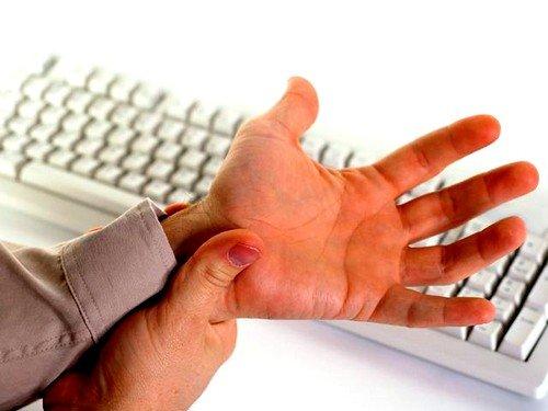 причины боли суставов рук
