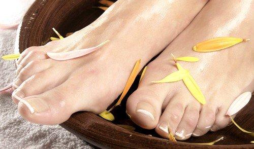 Грибок большого пальца на ноге