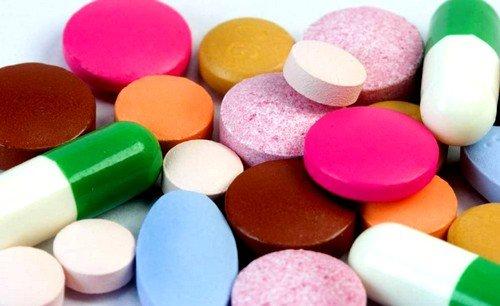 прием лекарств, для повышения содержания железа