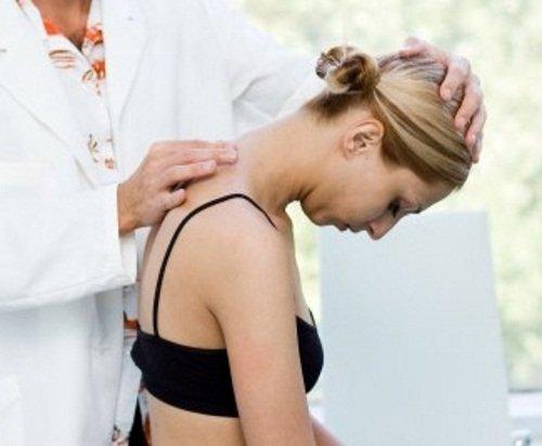 Лечение остеохондроза проводится врачом
