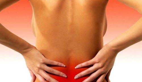 Что может стать причиной боли в спине