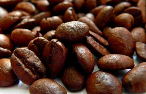 Избыток кофеина может привести к головным болям