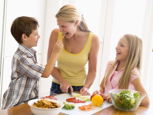 Правильное питание – уменьшит частоту проявлений болей в животе