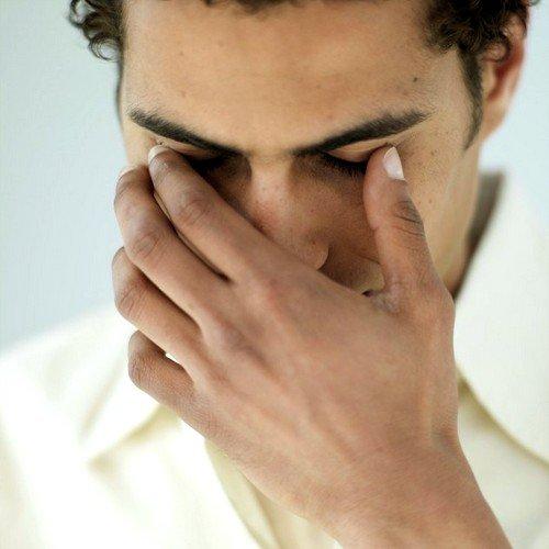 Поражение роговицы как причина боли в глазах