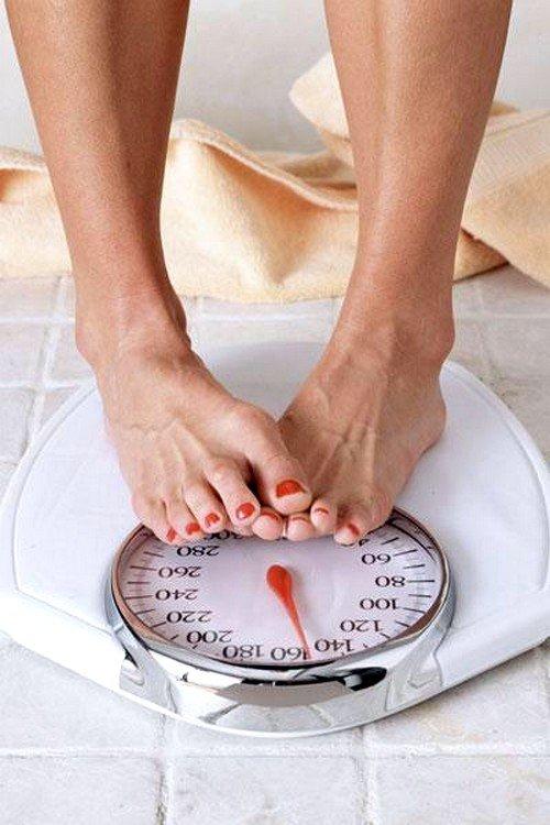 причиной болей может стать резкое увеличение веса