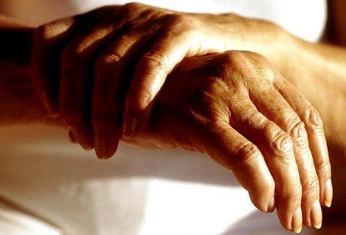 Остеоартроз как причина болей в суставах