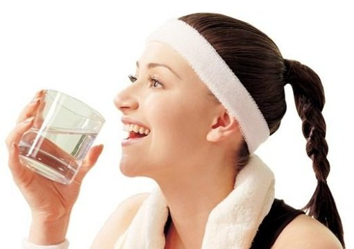 Пить нужно не меньше 2 литры воды в сутки