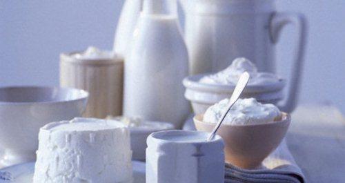 рекомендуется употребление кисломолочных продуктов