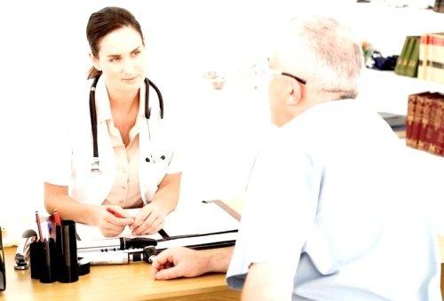 В некоторых случаях появляются побочные эффекты от применения препарата