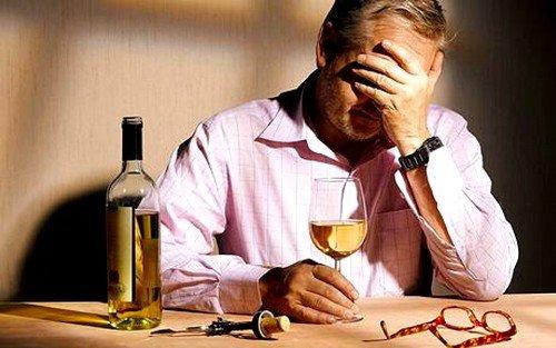 Алкоголизм, симптомы, осложнения