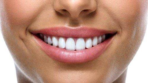 Зубы у человека начинают формироваться еще задолго до его рождения