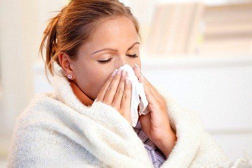 При простудном заболевании или бронхите мумие может смягчить болевые ощущения