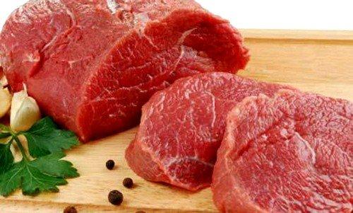 Белок, которые содержится в мясе, требует, чтобы среда была кислой перед началом переваривания