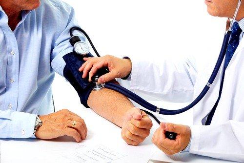 Возможно повышение артериального давления при приеме гормонов роста