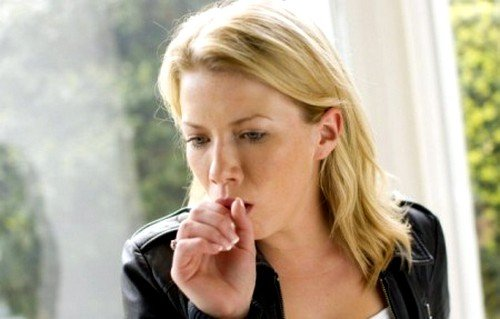 беспричинный постоянный кашель - симптом рака горла