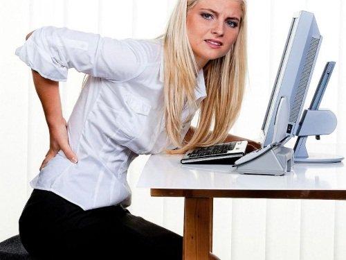 Длительное перебивание тела в одном положении ведет к поясничным болям