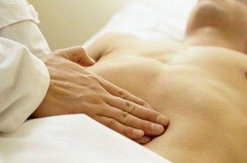 Осмотр больного при подозрении на цирроз печени