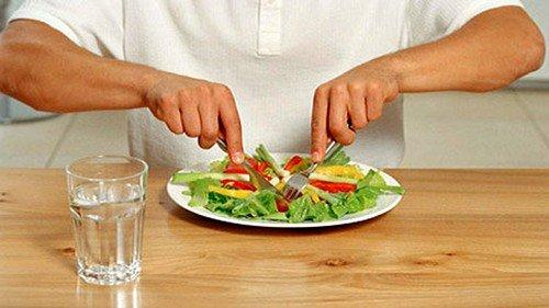 Большое значение при патологиях желудочно-кишечного тракта играет питание