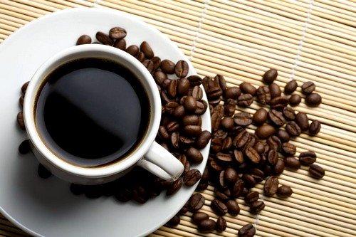 чрезмерное увлечение кофе негативно влияет на пищеварение