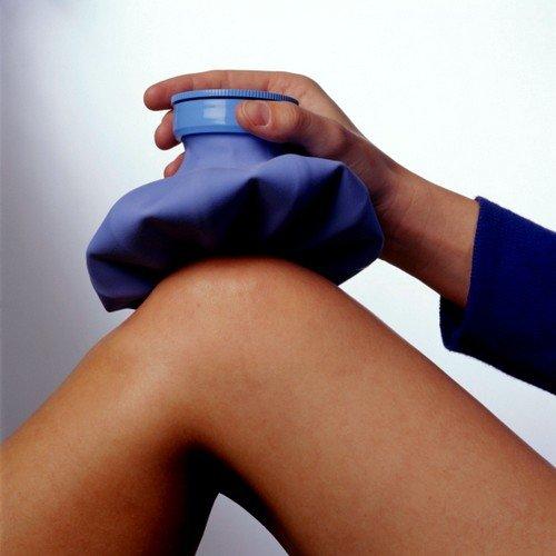 Эффективным способом функционального восстановления суставных частей коленной чашечки будет прикладывание льда