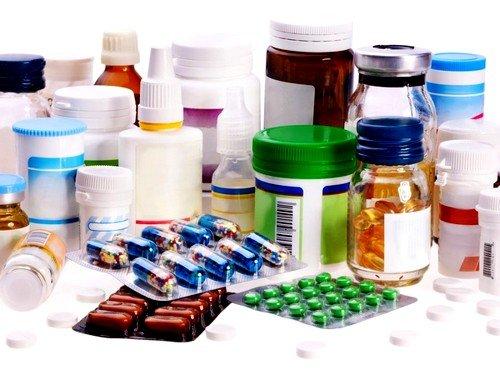 Лечение болезни основано на снятии отдельных симптомов с помощью лекарственных препаратов, физиотерапевтических процедур