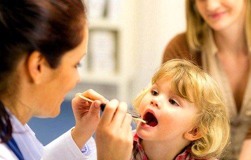 Данное инфекционное заболевание представляет собой разрастание носоглоточной миндалины