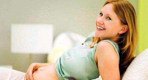 Определенные изменения в женском организме после успешного зачатия, безусловно, происходят, но плода как такового пока еще нет