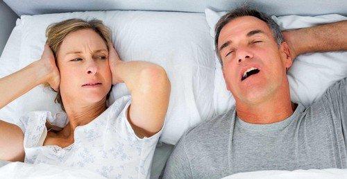 Храп могут порождать анатомические деформации  верхних дыхательных путей