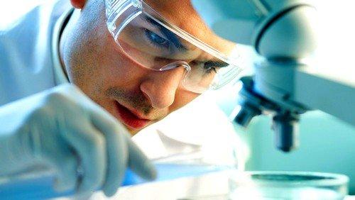 Для ранней диагностики болезни поможет своевременное определение скрытой крови в кале