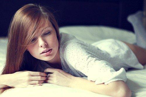 Подогнать» матку в короткие сроки помогает длительное лежание на животе