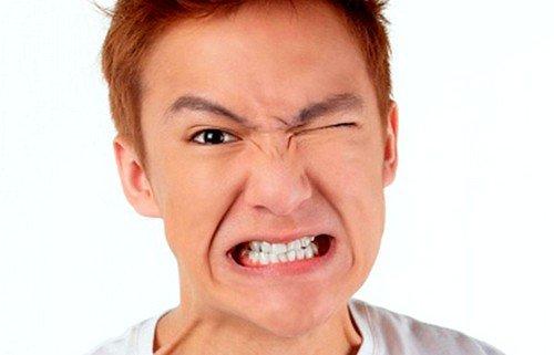 асимметрия в чертах лица - признак невралгии лицевого нерва