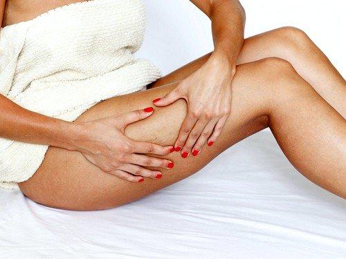 Основными правилами массажа является движение рук или банки вдоль линий лимфотоков