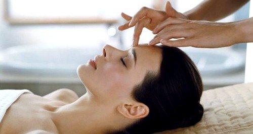 Довольно жёсткое давление на кожу по линии лимфатических сосудов – это остеопатический массаж Зоган